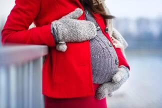 Ubrania ciążowe – czy warto kupować specjalne ubrania tylko na ciążę?